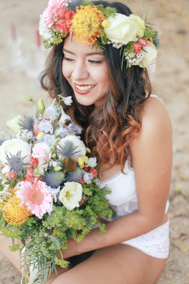 WHY ELOPING IS BETTER THAN A WEDDING - STYLED INTIMATE BOHEMIAN ELOPEMENT (9)