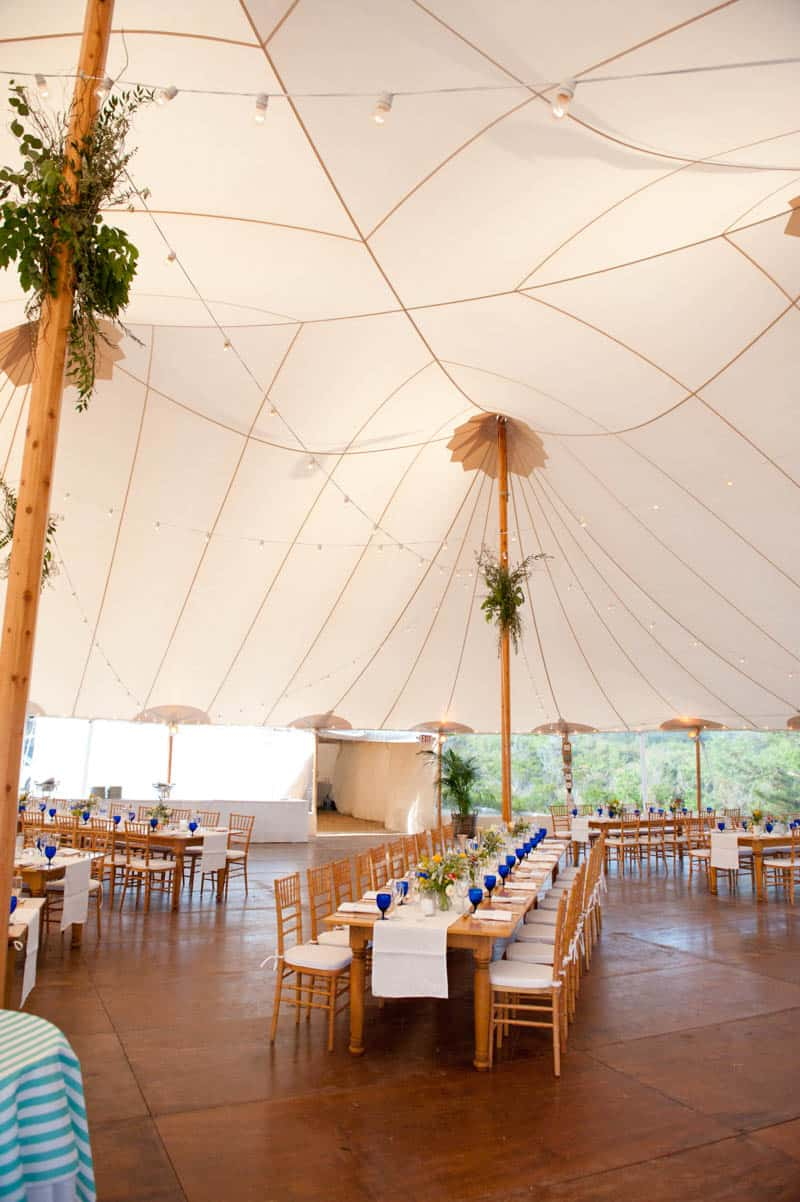 INTIMATE SWEDISH INSPIRED BEACH WEDDING AT A NON TRADITIONAL WEDDING VENUE RS (3)