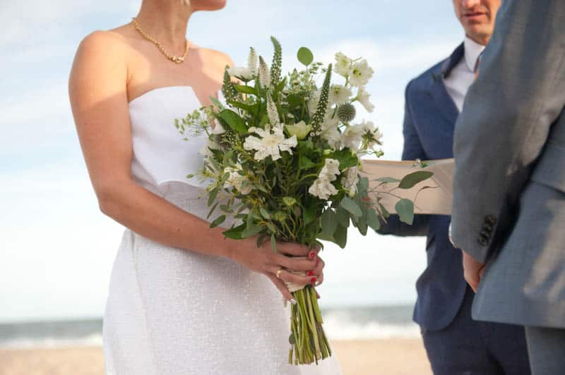 INTIMATE SWEDISH INSPIRED BEACH WEDDING IN A NON TRADTIONAL VENUE (22)