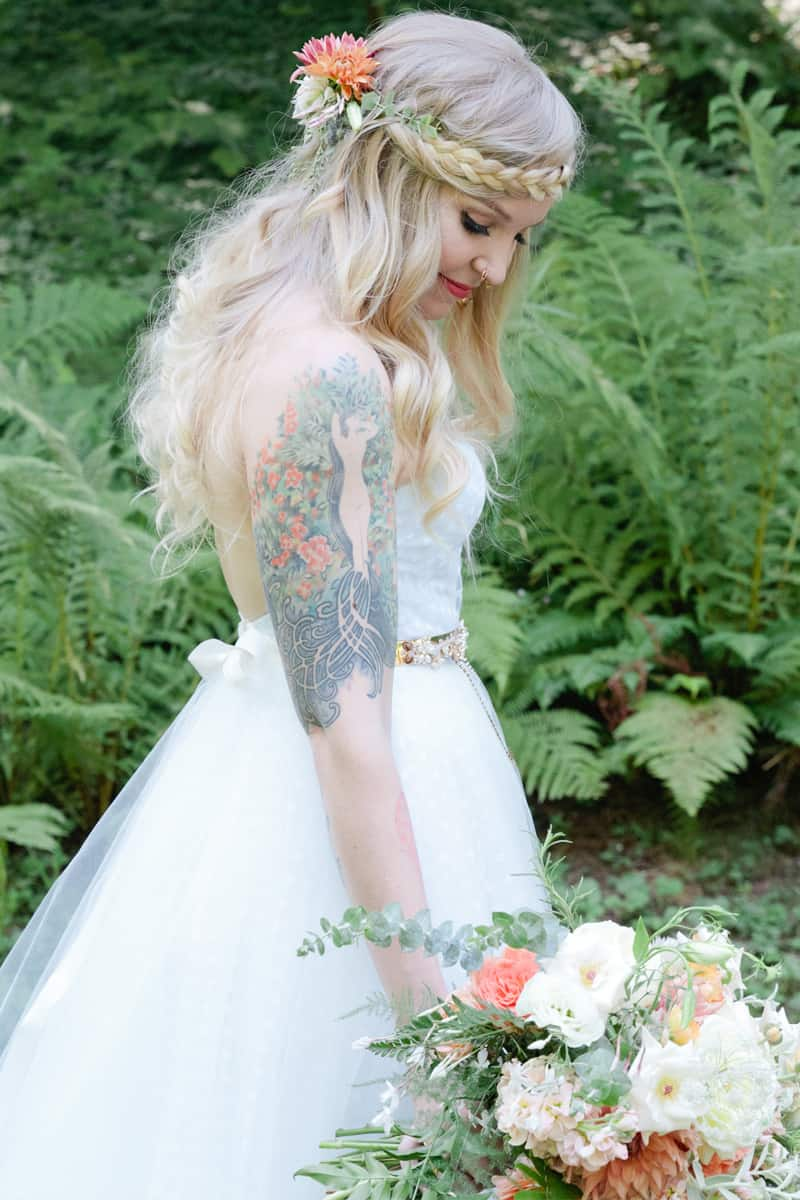 A WHIMSICAL OUTDOOR WEDDING IN PORTLAND FEATUIRNG CATS COLOURS & POLKA DOTS (29)