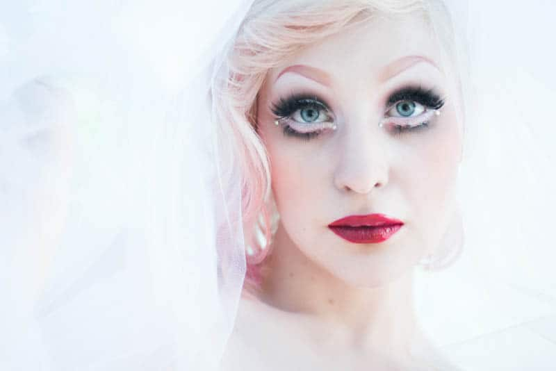 ALTERNATIVE DOLLFACE BRIDE - THINGS NOT TO SAY TO A BRIDE TO BE (4)