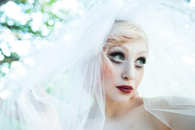 ALTERNATIVE DOLLFACE BRIDE - THINGS NOT TO SAY TO A BRIDE TO BE (5)