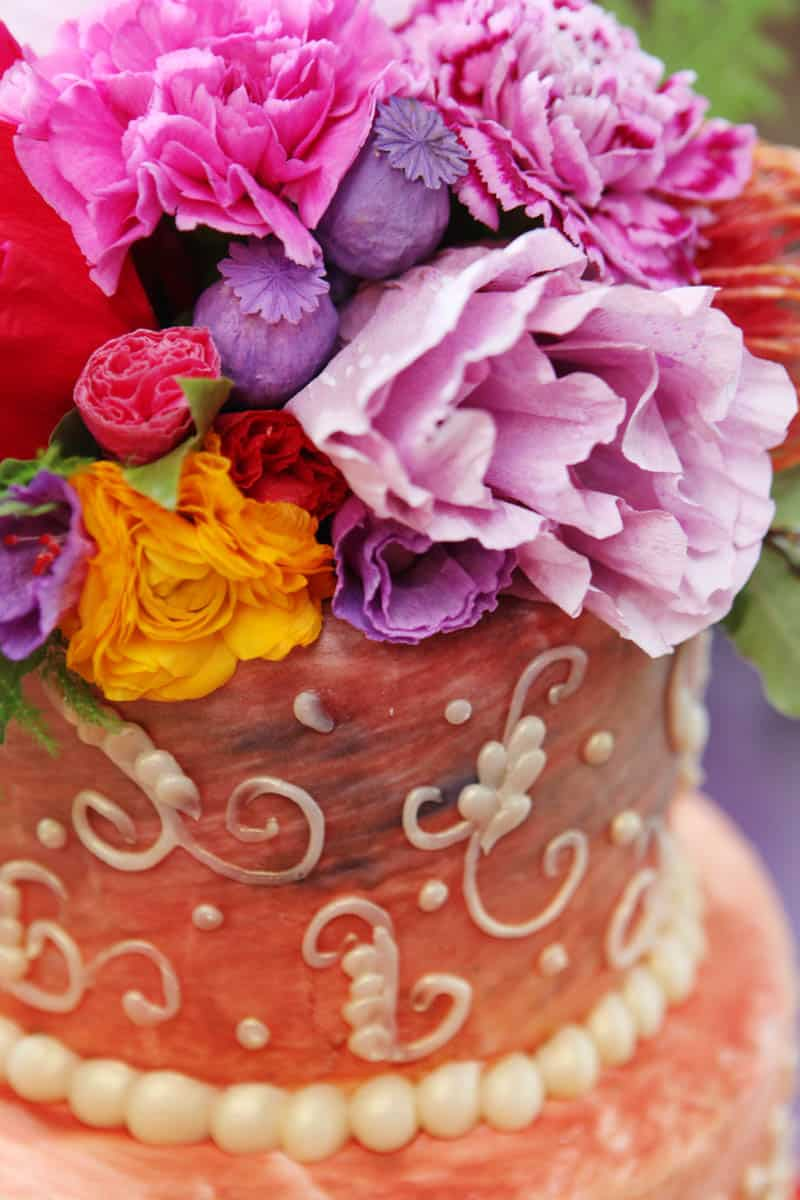 CREATIVE AND COLOURFUL STYLED WEDDING WITH PAPER FLOWERS AND PAPER BACKDROP (20)