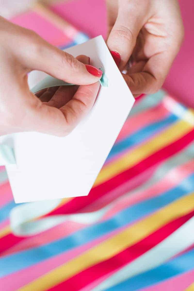 DIY colourful ribbon table plan unique alternative escort cards-8