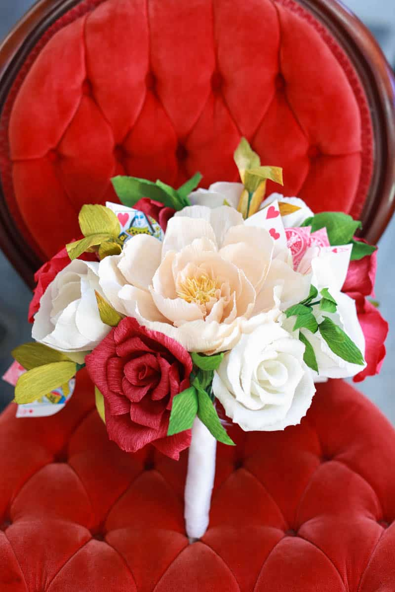 MODERN ALICE IN WONDERLAND THEMED WEDDING (19)