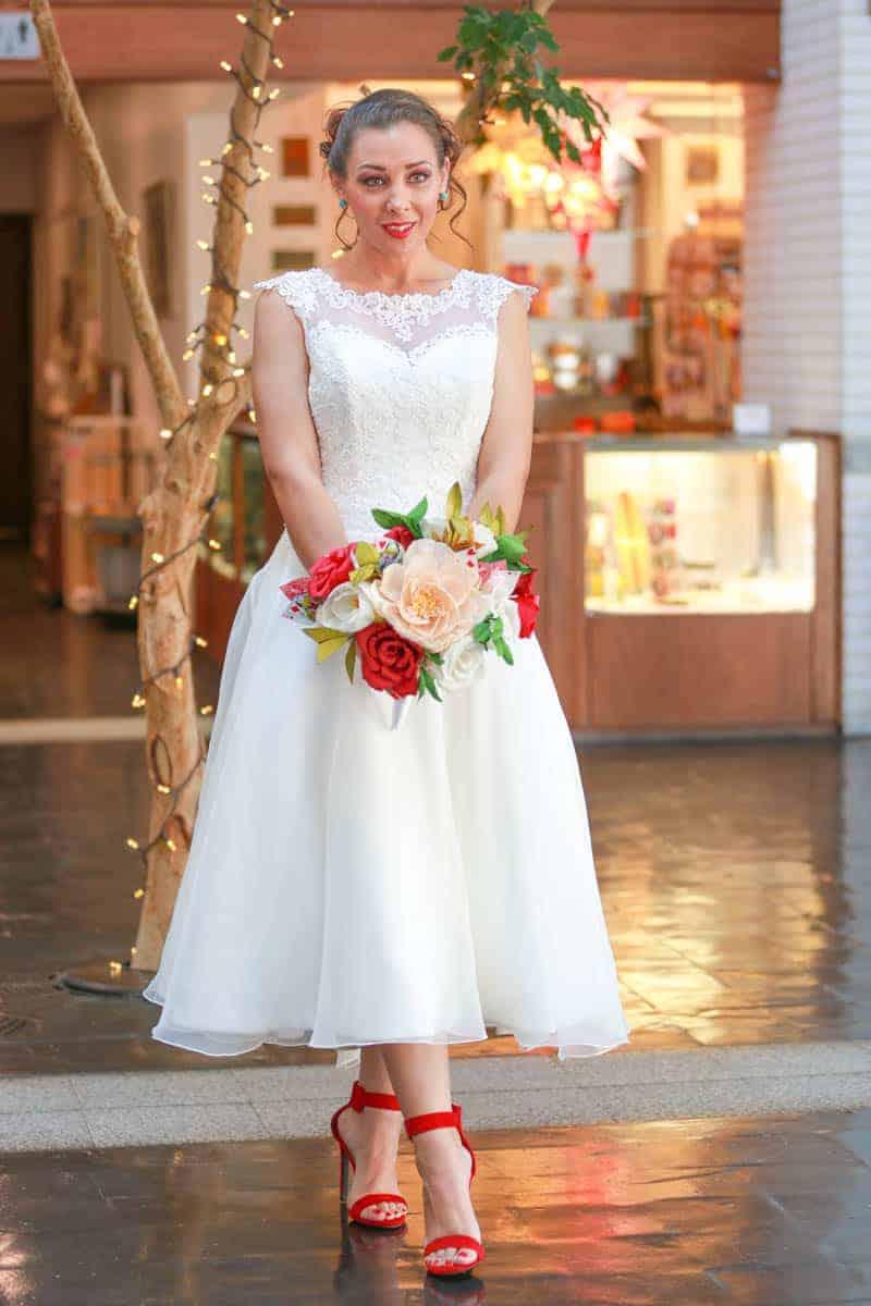 MODERN ALICE IN WONDERLAND THEMED WEDDING (4)