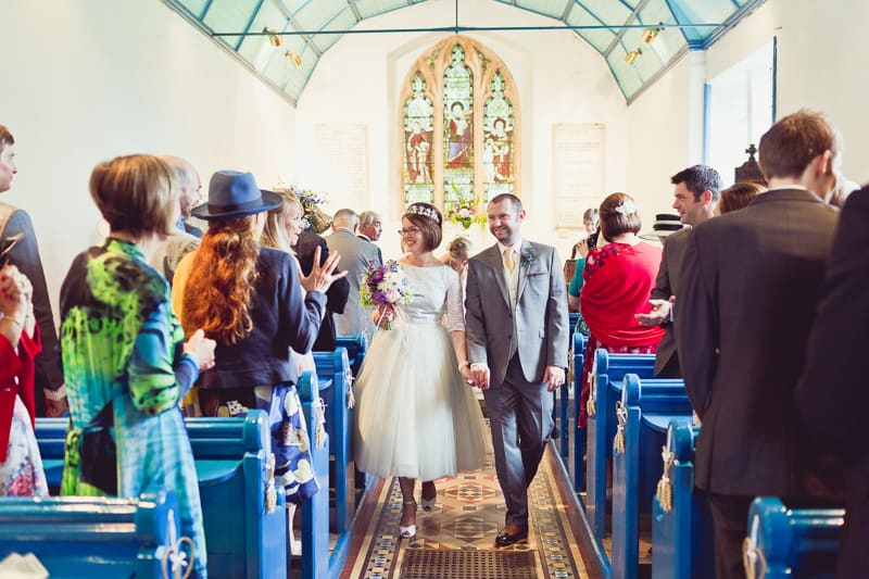 THIS CUTE DIY WEDDING IN A VILLAGE HALL IS EVERY CRAFTER'S DREAM! (27)