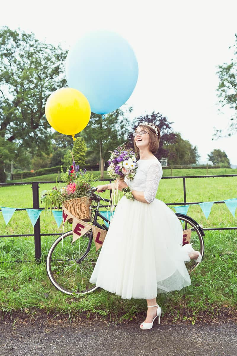 THIS CUTE DIY WEDDING IN A VILLAGE HALL IS EVERY CRAFTER'S DREAM! (38)