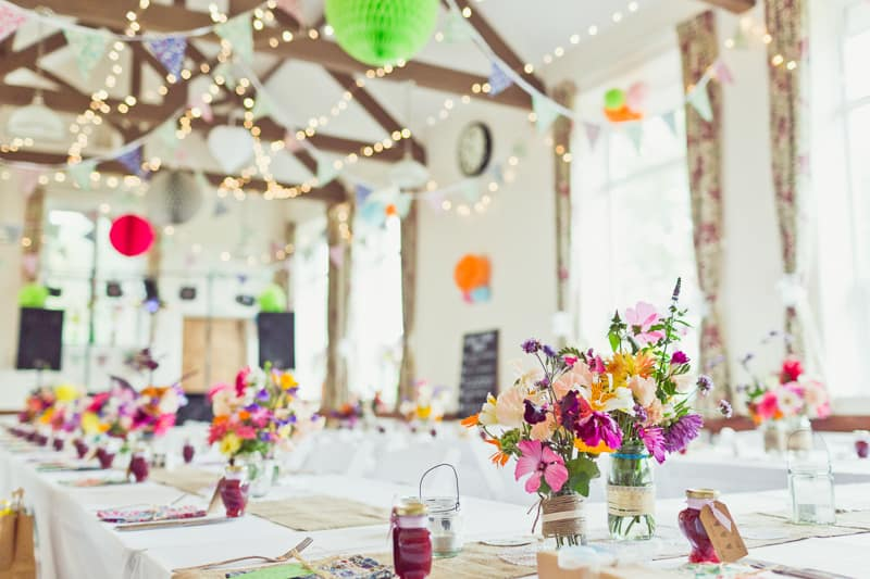 THIS CUTE DIY WEDDING IN A VILLAGE HALL IS EVERY CRAFTER'S DREAM! (4)