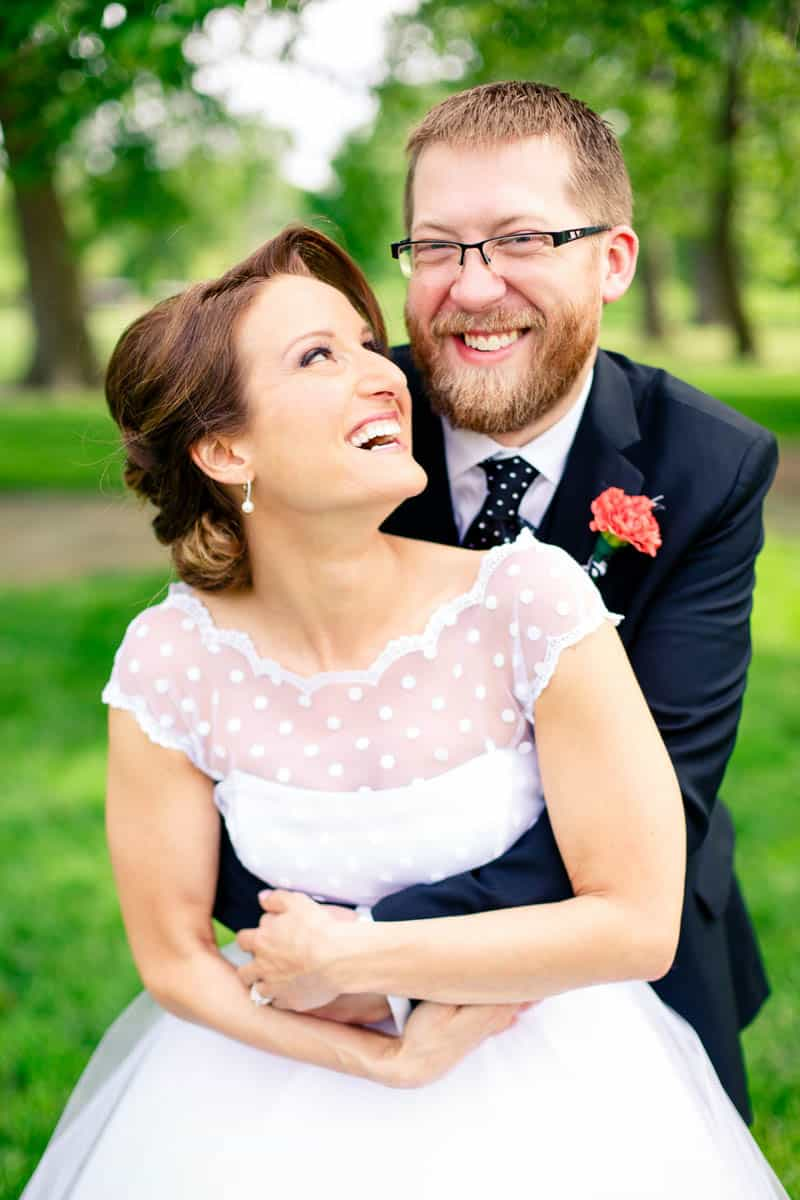A CASUAL LAID BACK WEDDING WITH THE BRIDE IN A CANDY ANTHONY DRESS (9)
