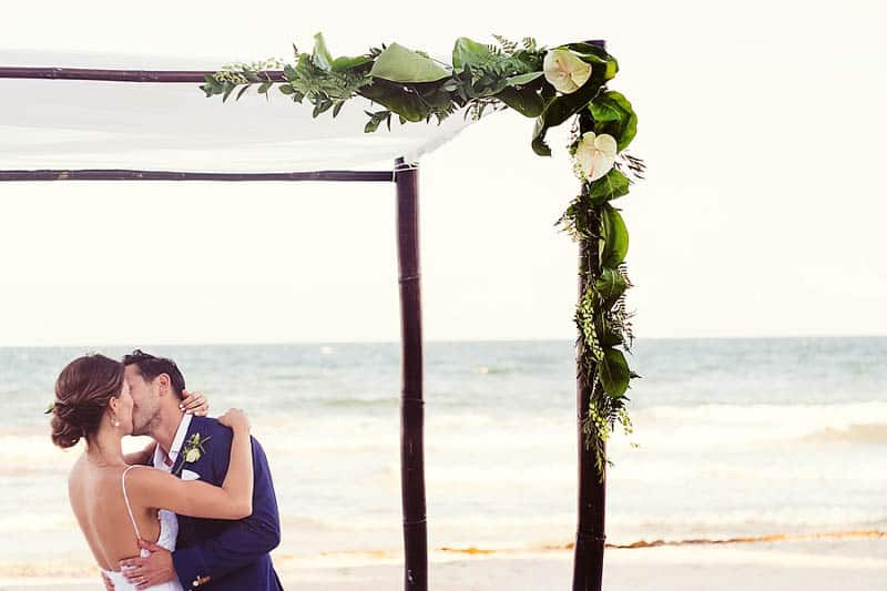 RELAXED BEACH WEDDING IN TULUM (22)
