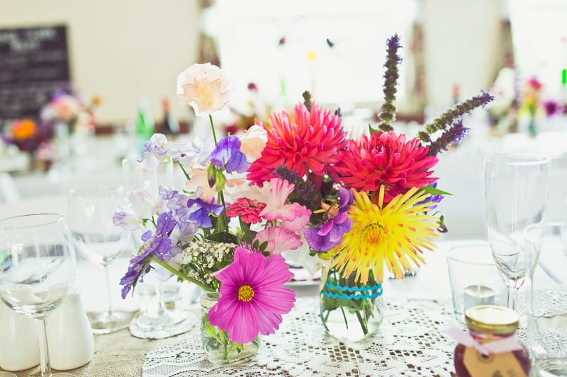 THIS CUTE DIY WEDDING IN A VILLAGE HALL IS EVERY CRAFTER'S DREAM! (18)
