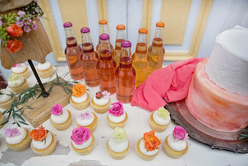 A UNIQUE VIBRANT, COLOURFUL & MODERN BRIDAL SHOWER (19)