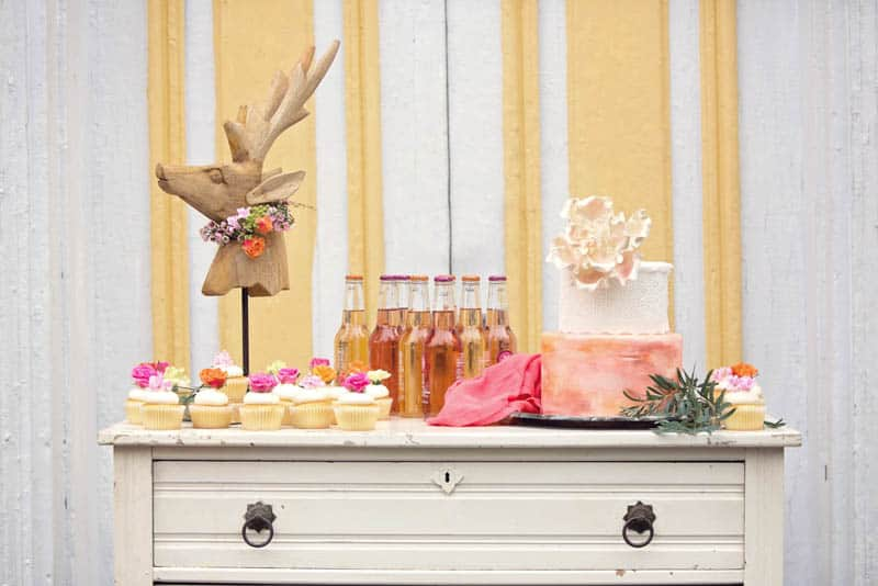 A UNIQUE VIBRANT, COLOURFUL & MODERN BRIDAL SHOWER (22)