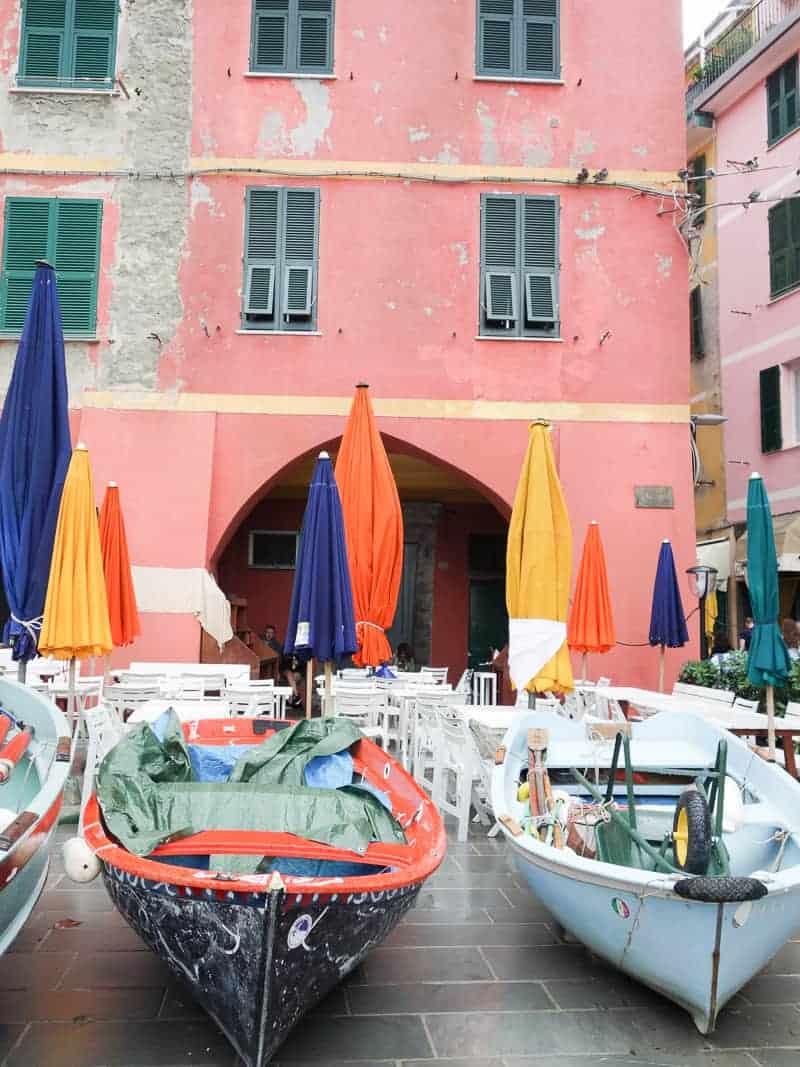 Cinque Terre Travel Guide Train Hiking Italy Information Advice Reccomendation Colourful_-40