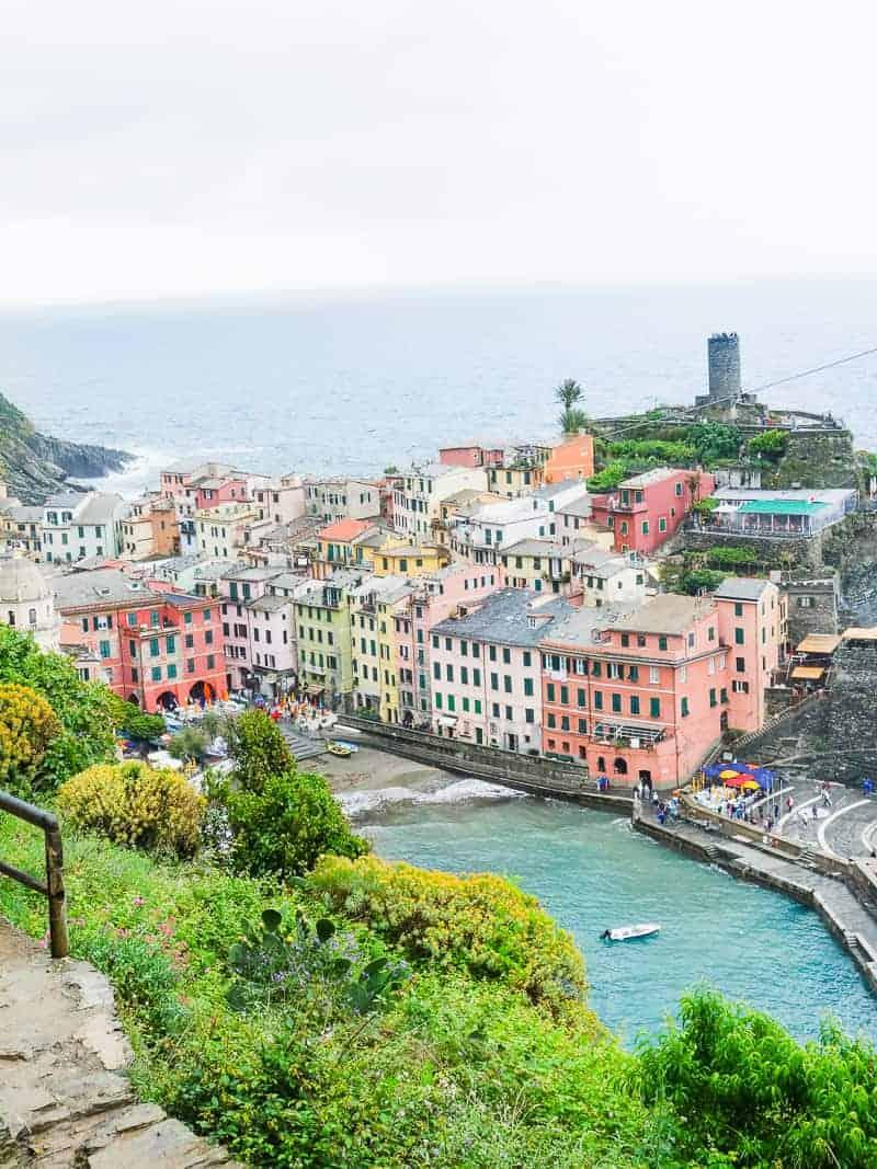 Cinque Terre Travel Guide Train Hiking Italy Information Advice Reccomendation Colourful_-57