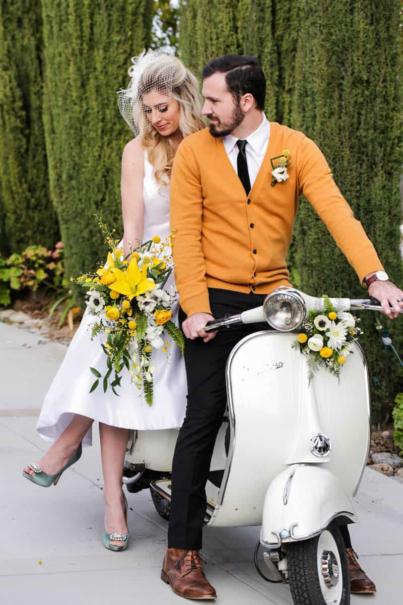 HOW TO USE MID CENTURY MODERN PIECES TO CREATE A MAD MEN INSPIRED WEDDING (23)