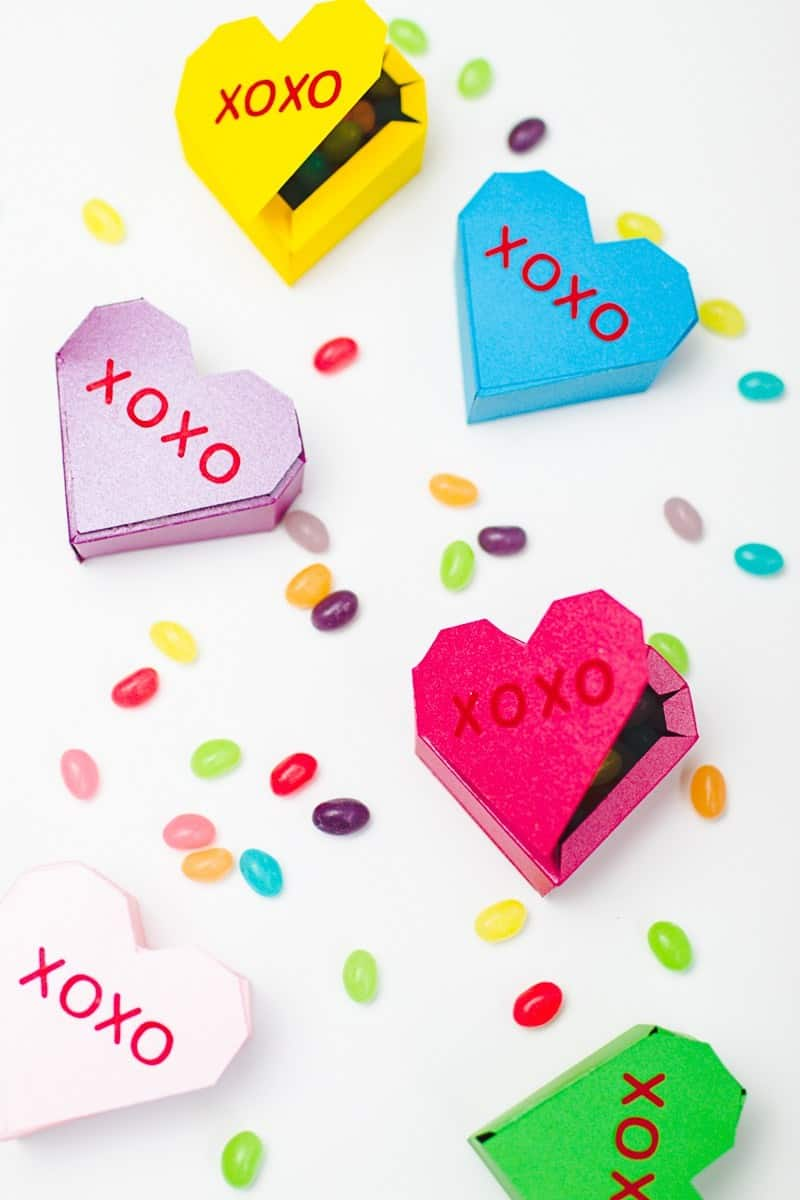 QUICK & EASY WEDDING DIYS THAT WILL SAVE TIME & MONEY-Valentines-Bridal-Shower-Styled-Shoot-Pink-Red-Colour-Scheme-51