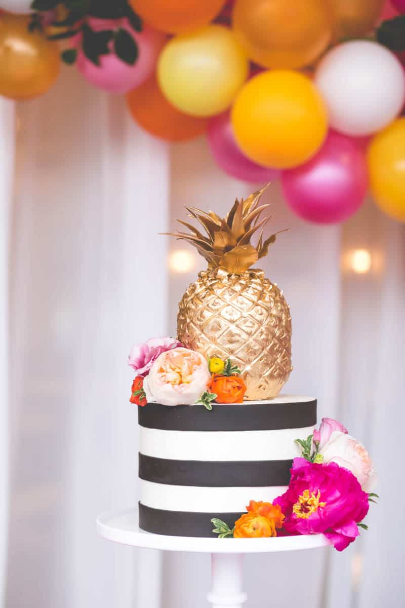CELEBRATE YOUR SUMMER ENGAGEMENT IN STYLE THESE TROPICAL PARTY IDEAS ARE ALL KINDS OF SWEET