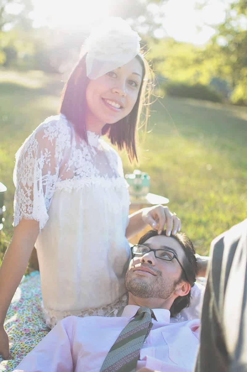 HOW TO INVOLVE YOUR GROOM IN THE WEDDING PLANNING-SWEET RETRO PICNIC ELOPEMENT (4)