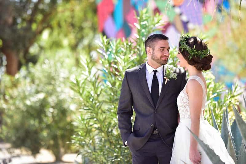 LUSH BOHEMIAN URBAN GARDEN WEDDING INSPIRATION IN DOWNTOWN LAS VEGAS (2)