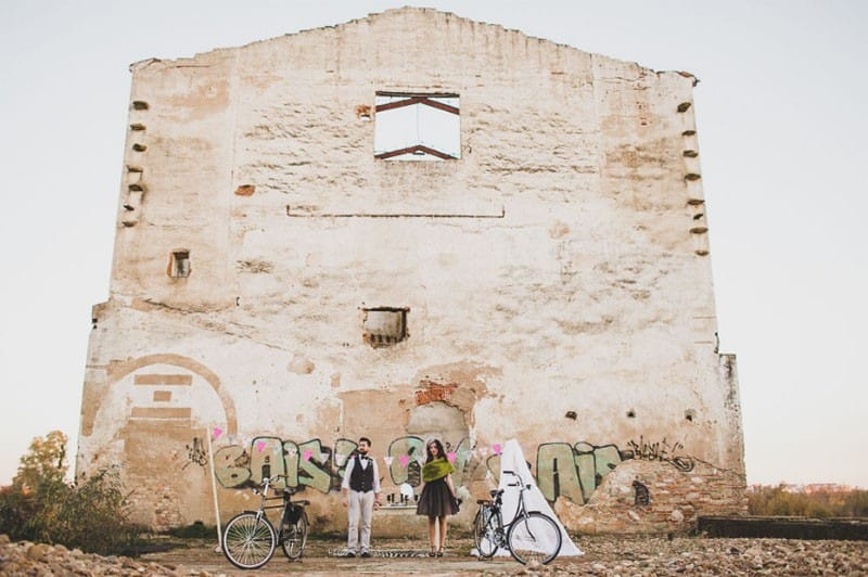 urban wedding in Portugal Warehouse