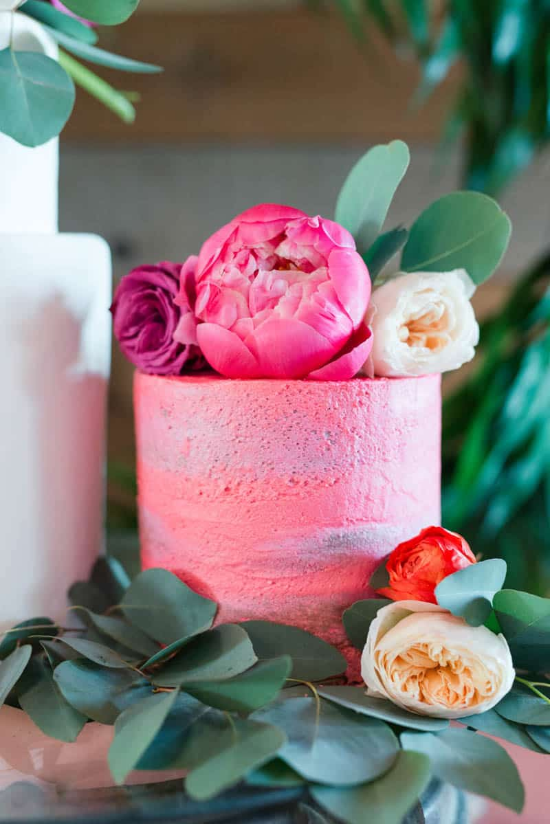 BOLD & VIBRANT HOT PINK CORAL BOHEMIAN STYLING WEDDING IDEAS (10)