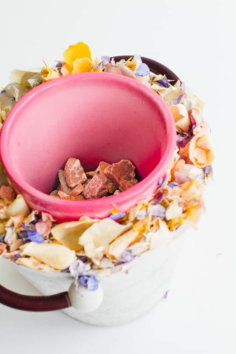 DIY Floral Flower Ice Bucket with Natural Confetti from Shropshire Petals Wine Cooler Champagne_-1