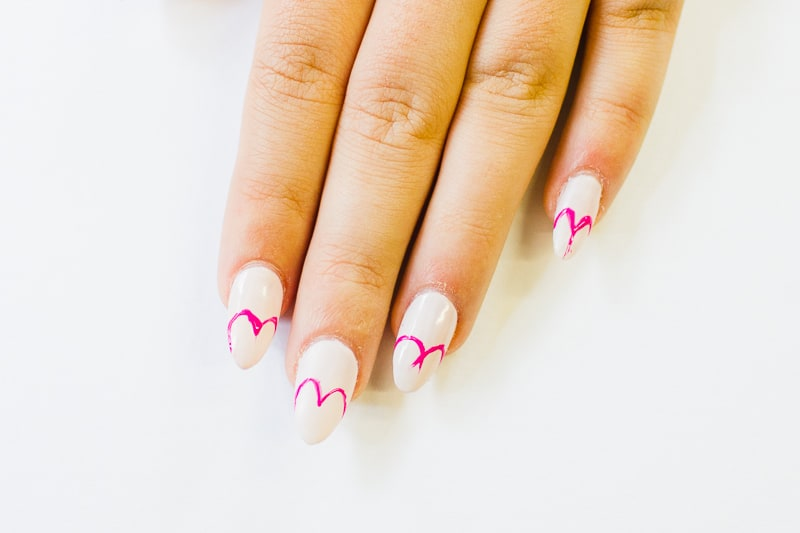 DIY Heart Manicure Pink Nail Design Cute valentines love flirty fun heart shaped nail art-2