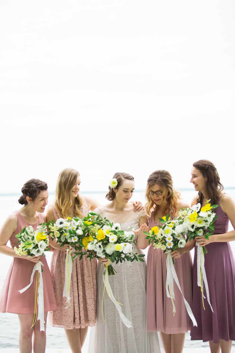 QUINTESSENTIALLY BRITISH & INTIMATE LAKESIDE WEDDING IN MAINE (11)