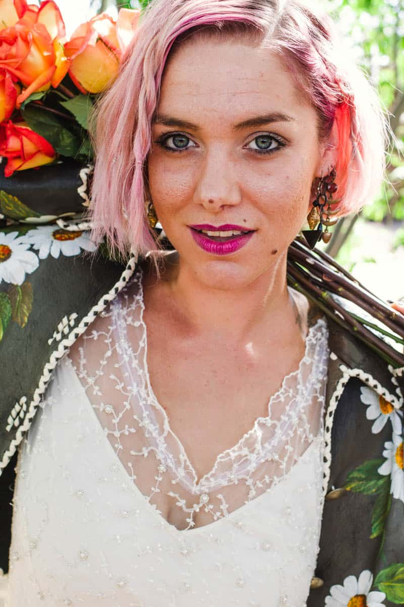 ROCK N ROLL DESERT INSPIRED BRIDAL SHOOT AT JOSHUA TREE (14)