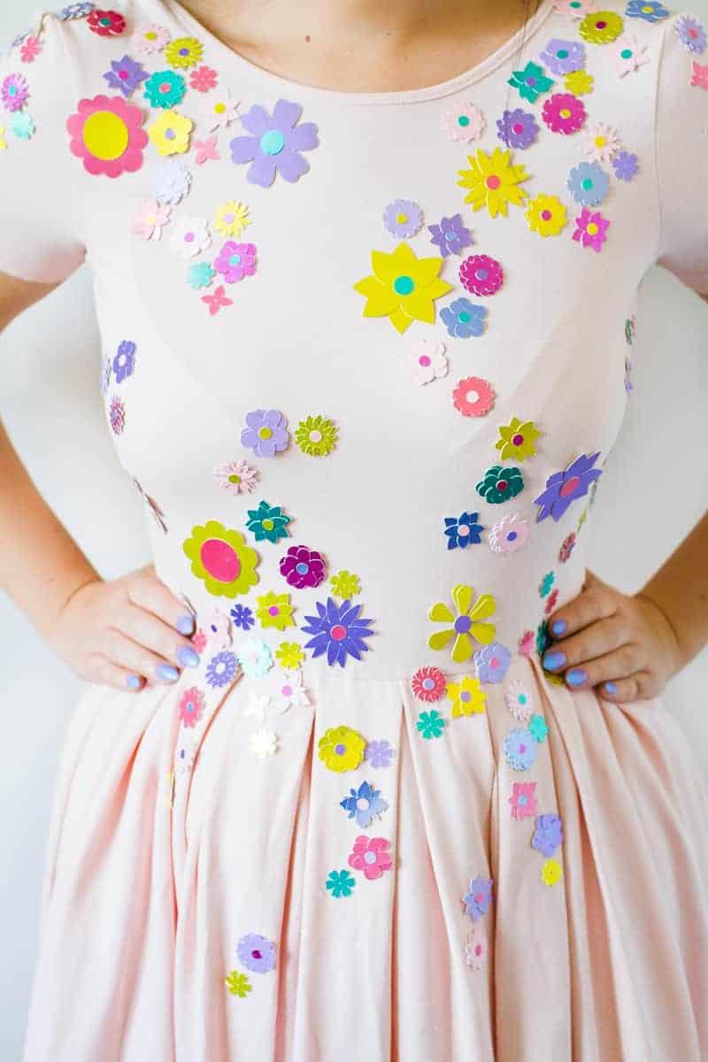 diy-embellished-dress-make-your-own-wedding-bridesmaid-dress-cricut-brooch-jewels-floral-flower-summer-fashioin-tutorial-7