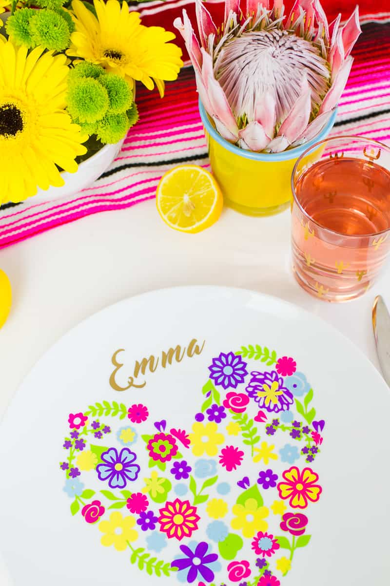 diy-floral-flower-place-setting-plate-name-place-summer-table-decorations-wedding-3
