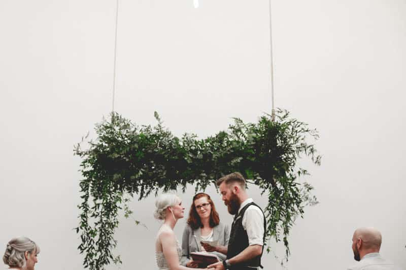 edgy-minimalistic-wedding-in-a-birmingham-art-gallery-15