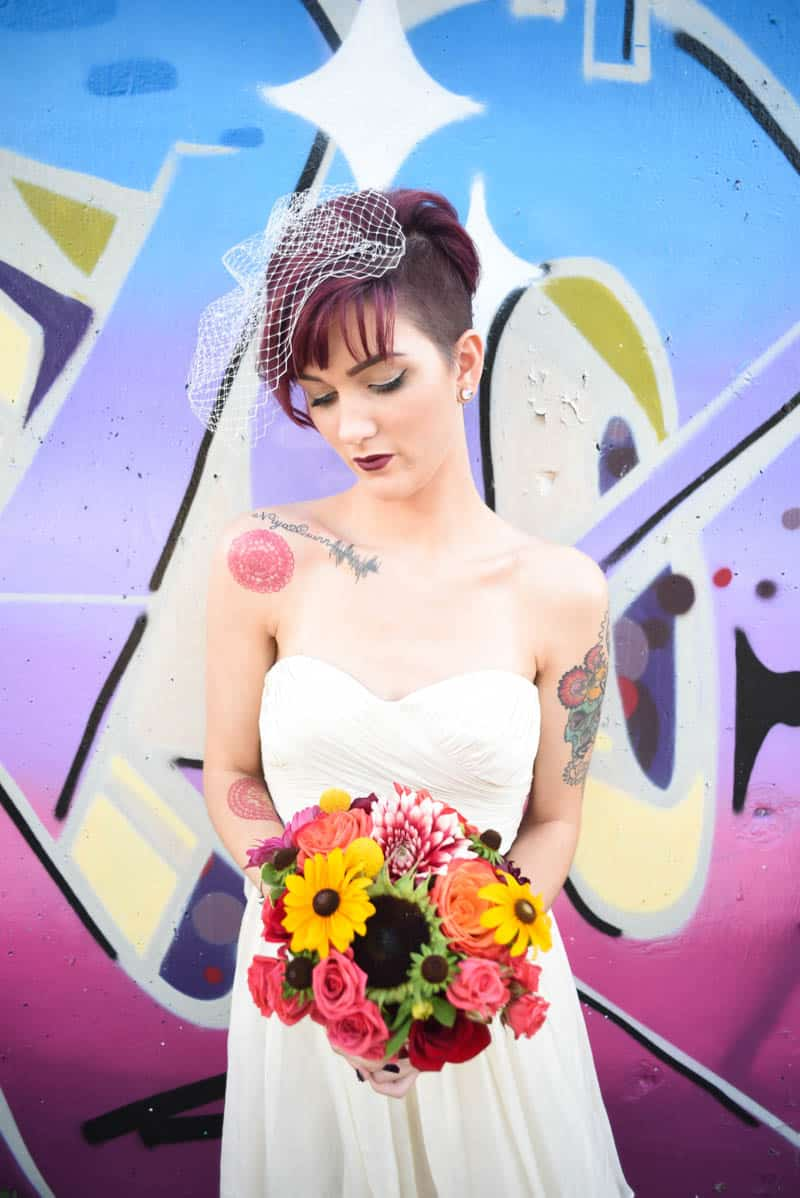 rock-roll-elopement-with-chicagos-colorful-wall-murals-2