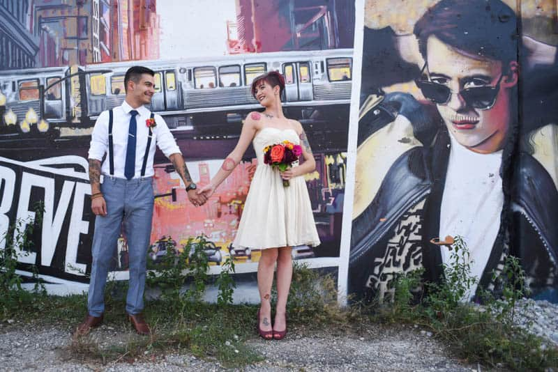 rock-roll-elopement-with-chicagos-colorful-wall-murals-4