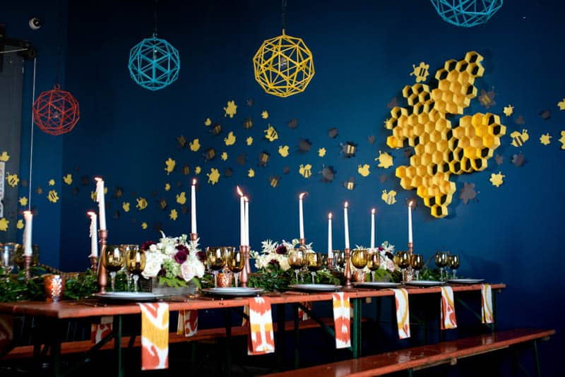 bee-themed-wedding-ideas-in-a-brewery-11