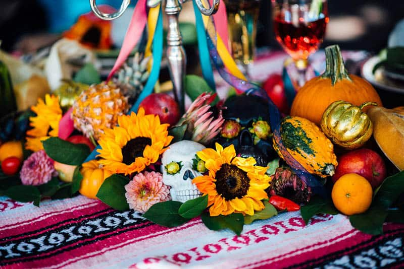 day-of-the-dead-halloween-wedding-ideas-20
