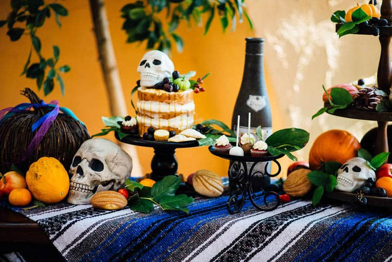 day-of-the-dead-halloween-wedding-ideas-24