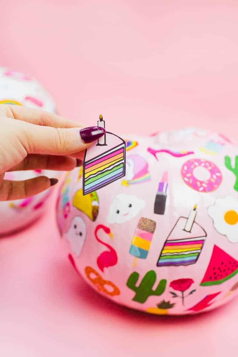 diy-flair-pumpkins-pin-stickers-fun-colourful-flair-game-halloween-decor-pink_-14