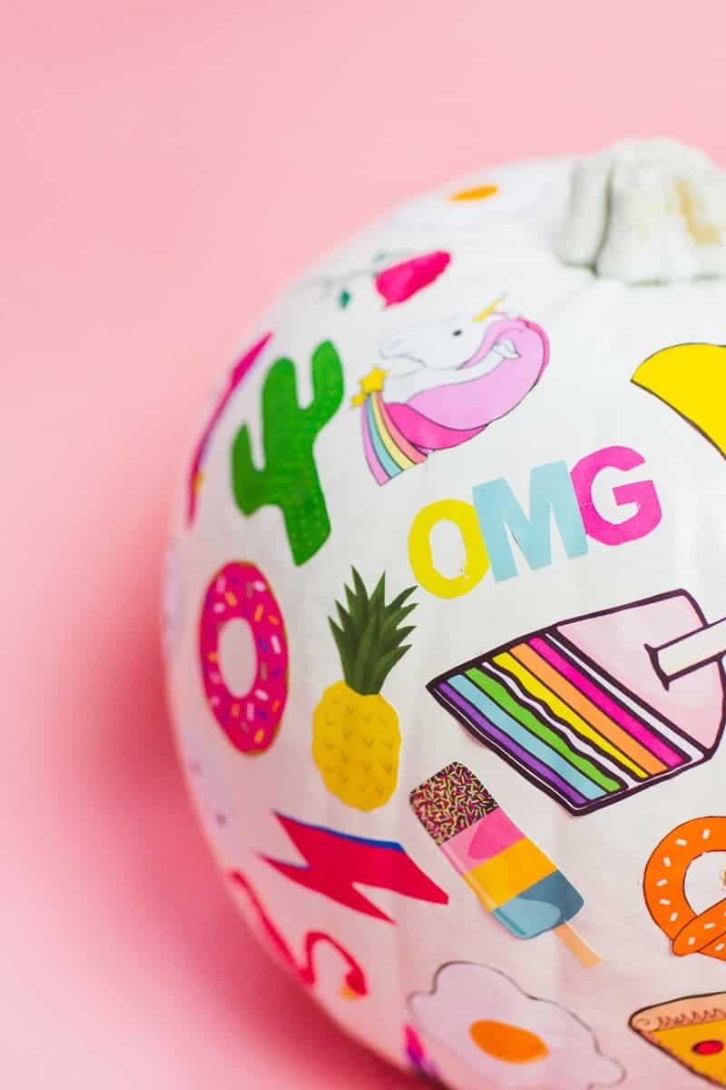 diy-flair-pumpkins-pin-stickers-fun-colourful-flair-game-halloween-decor-pink_-15