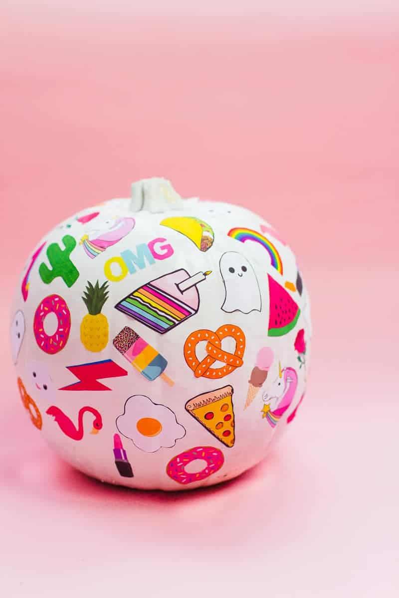 diy-flair-pumpkins-pin-stickers-fun-colourful-flair-game-halloween-decor-pink_-2