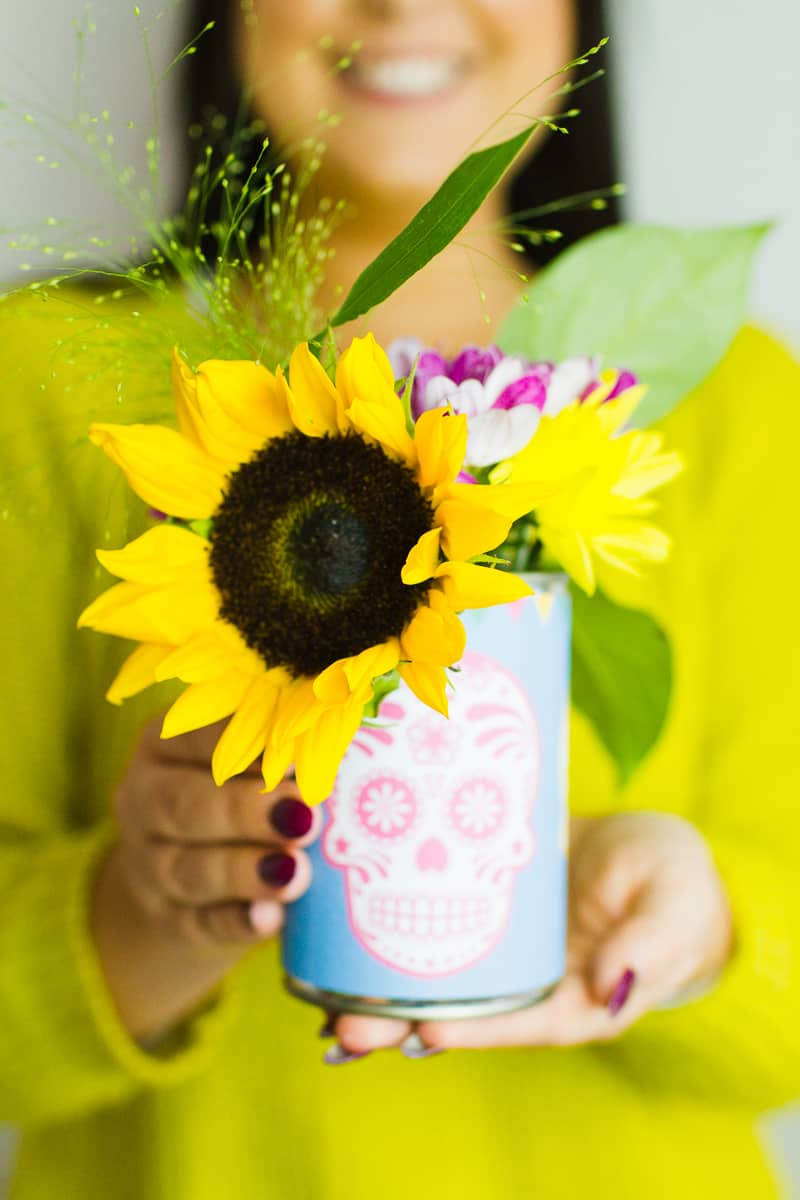 free-printable-day-of-the-dead-dia-de-los-muertos-decorations-can-labels-colourful-mexican-wedding-decor-7
