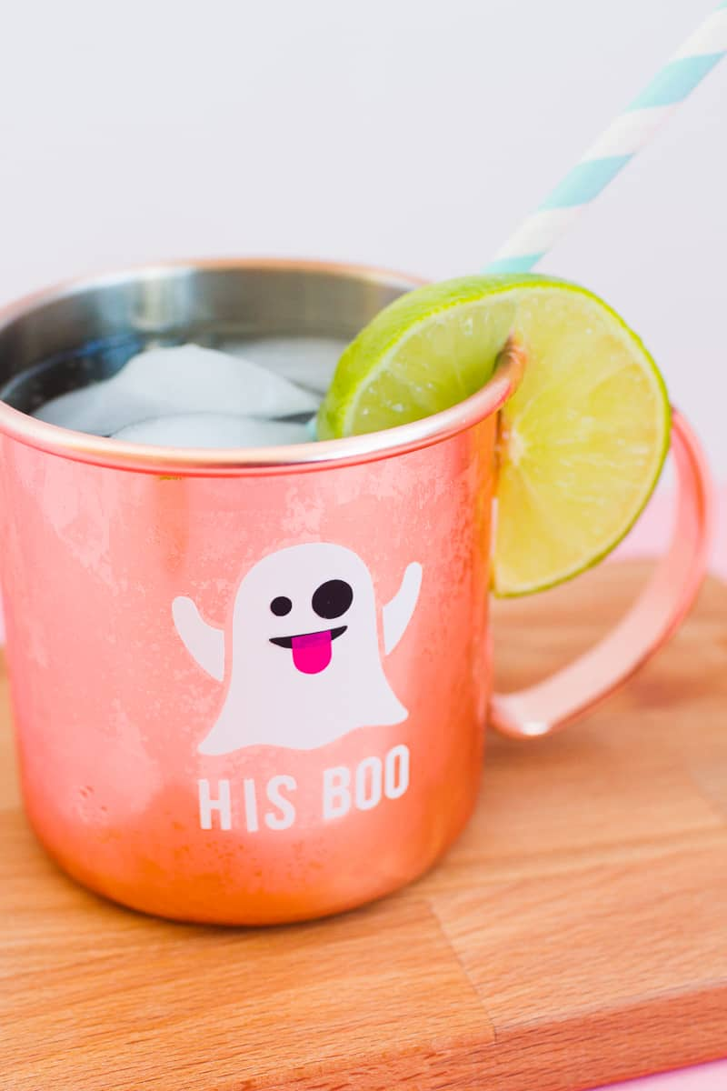 ghost-emoji-halloween-glasses-mugs-his-boo-her-boo-diy-decorations-cocktails-fall-modern-4