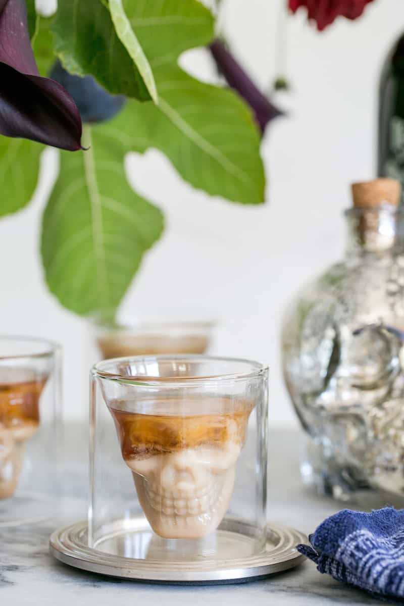 skull-shot-cocktail-for-halloween
