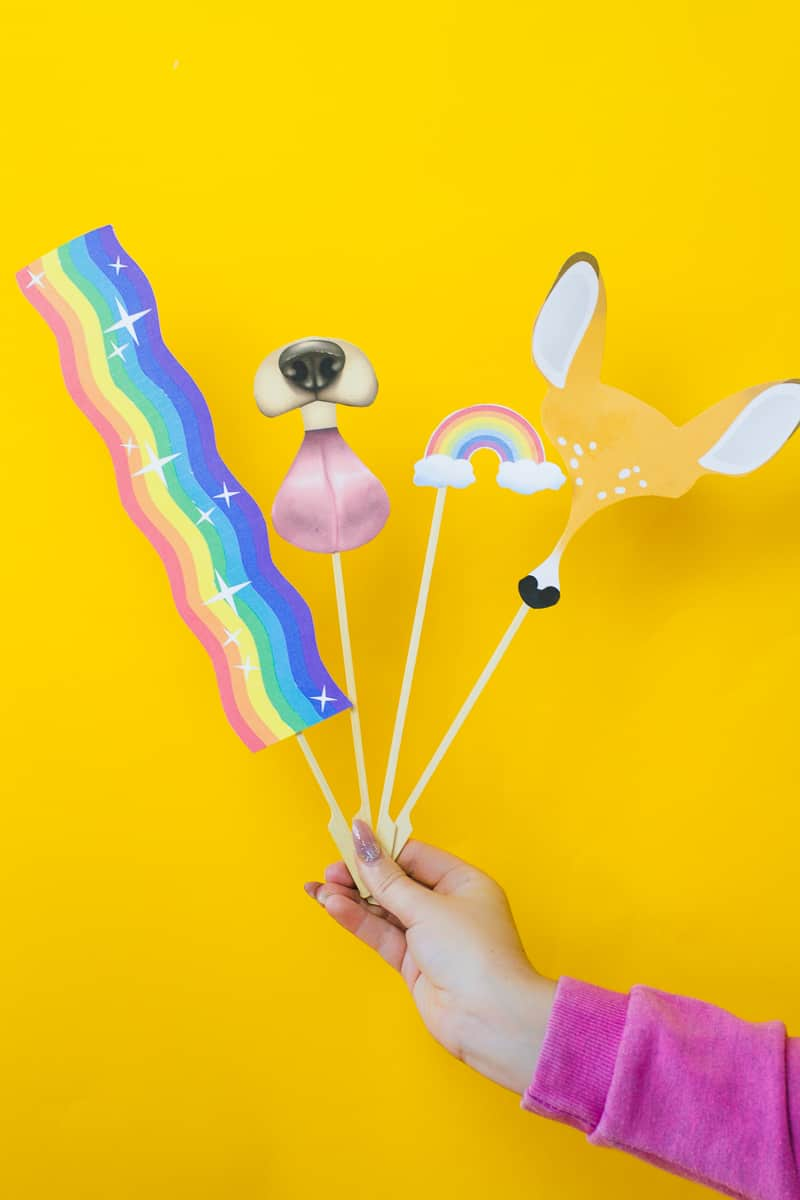 snapchat-filter-photobooth-props-free-printable-download-dog-deer-rainbow-rabbit-dalmation-wedding_-10
