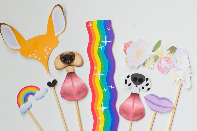 snapchat-filter-photobooth-props-free-printable-download-dog-deer-rainbow-rabbit-dalmation-wedding_-12