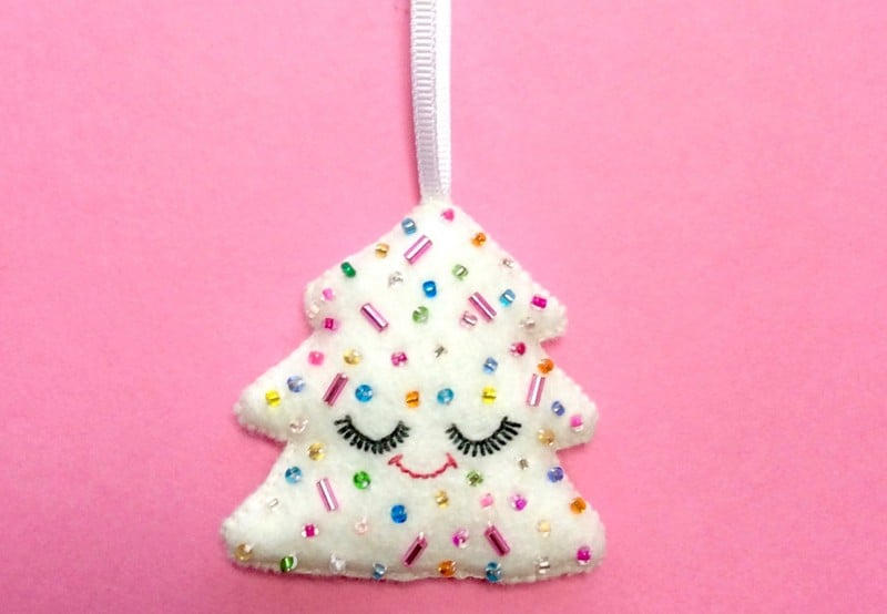 cute-christmas-tree-hanging-decor