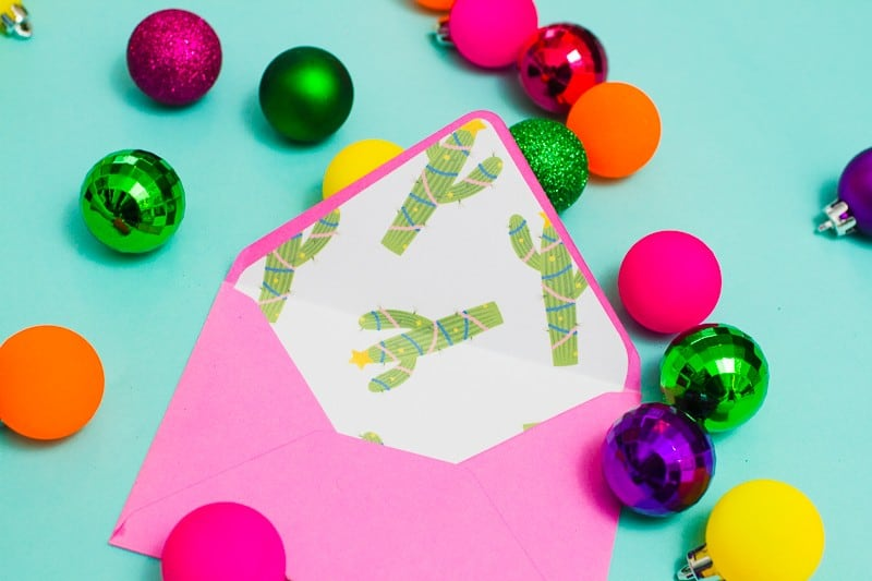 christmas-envelope-liners-free-printable-download-festive-flamingo-cactus-lights-pink-fun-10