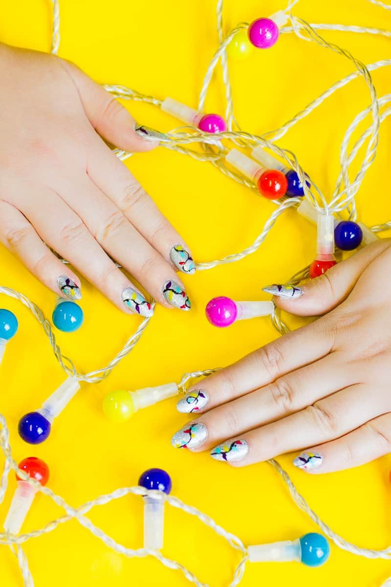 christmas-light-nails-manicure-mani-festive-colourful-xmas-silver_-7